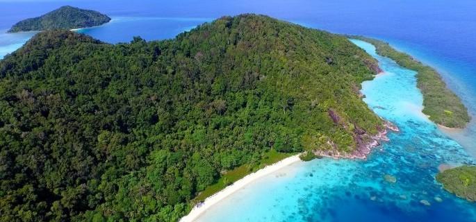 SOUTH CHINA SEA, Bawah Private Island